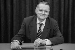 Żałoba narodowa po śmierci Jana Olszewskiego