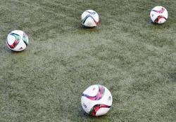 Zwycięstwo piłkarek w Dmosinie