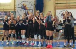 Lider wygrał pierwszy mecz w Warszawie
